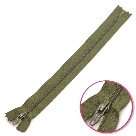 Zipper Olive Green 25cm Non Seperable YKK (0561179-567)