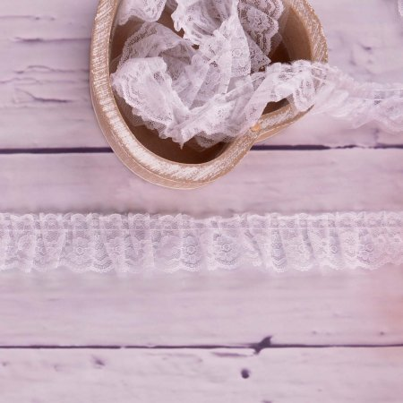 Ruffle Lace Ribbon White 45mm